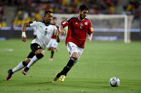 Али Габр (справа)