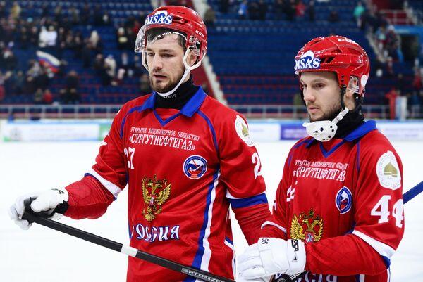 Игроки сборной России Василий Грановский (слева) и Вадим Архипкин