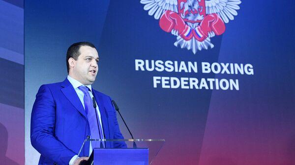 Глава Федерации бокса России Умар Кремлёв