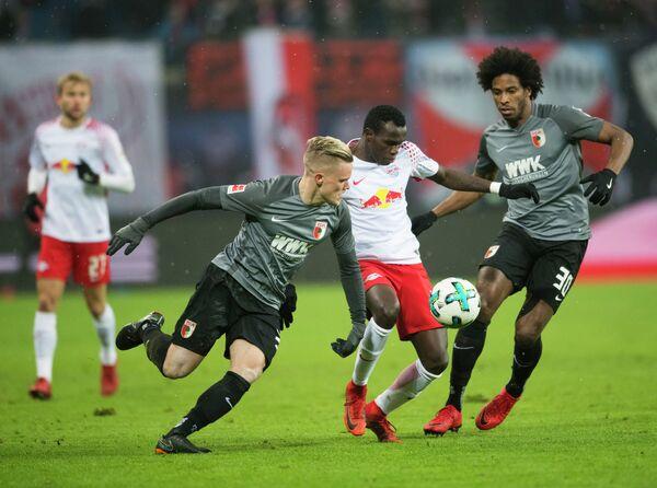Игровой момент матча Лейпциг - Аугсбург