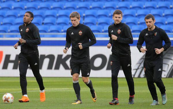 Футболисты ЦСКА Витиньо, Кирилл Набабкин, Георгий Щенников и Алан Дзагоев (слева направо)