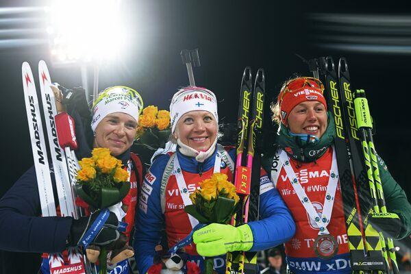 Анаис Бескон, Кайса Мякяряйнен и Лаура Дальмайер (слева направо)