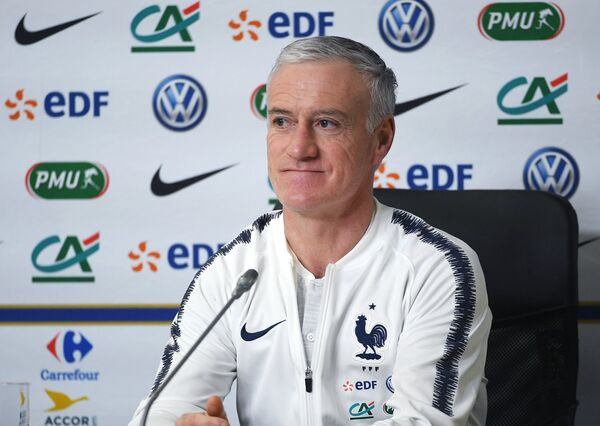 Главный тренер сборной Франции по футболу Дидье Дешам
