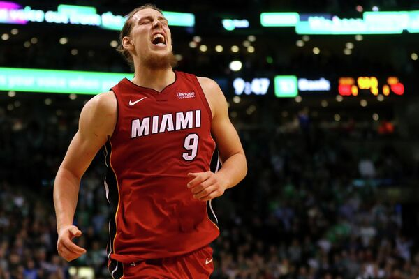 Канадский форвард клуба НБА Майами Хит Келли Олиник