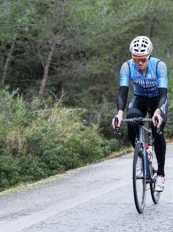 Бельгийский велогонщик Михаэл Голартс