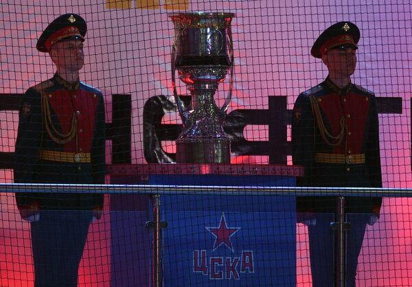 Главный трофей Континентальной хоккейной лиги Кубок Гагарина