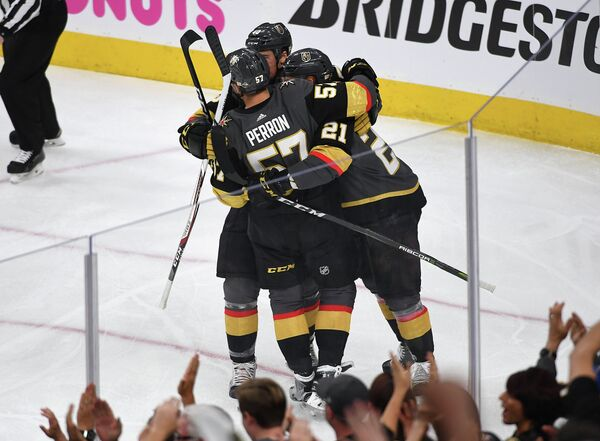Хоккеисты клуба НХЛ Вегас Голден Найтс