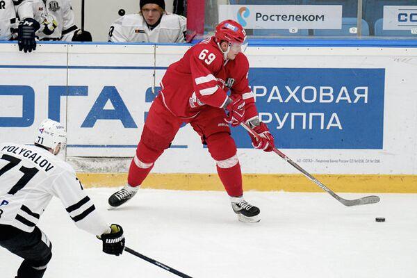 Форвард ХК Витязь Никита Двуреченский