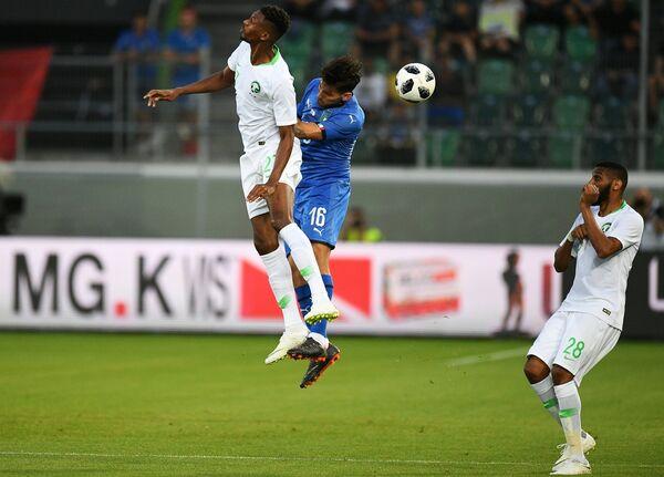 Игровой момент товарищеского матча Италия - Саудовская Аравия