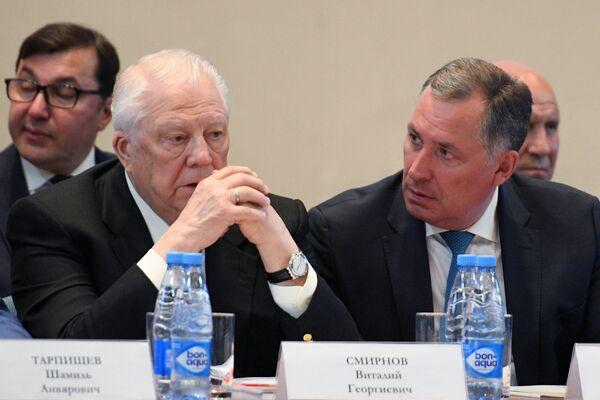 Виталий Смирнов (слева) и Станислав Поздняков