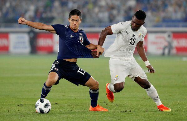 Игровой момент матча Япония - Гана