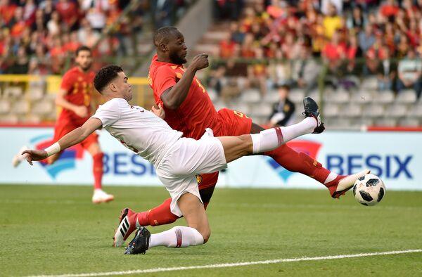 Игровой момент товарищеского матча Бельгия - Португалия