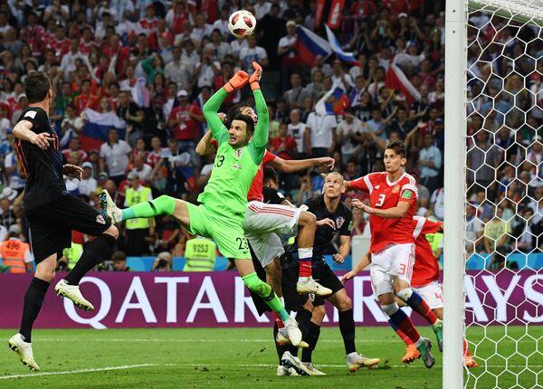 Момент  в матче между сборными России и Хорватии