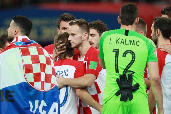 Футболисты сборной Хорватии Лука Модрич и Иван Ракитич (слева направо)