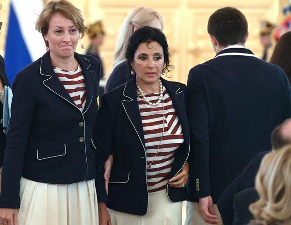 Амина Зарипова (слева) и Ирина Винер-Усманова