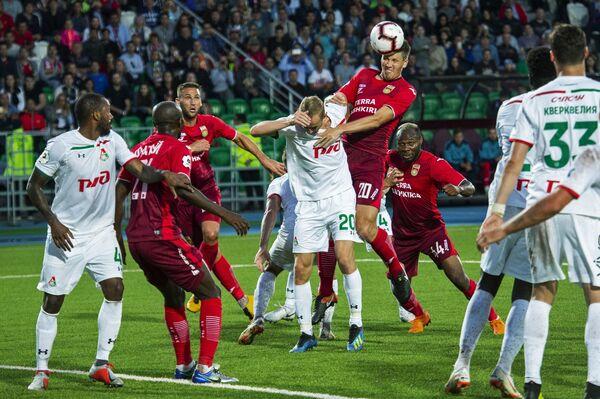 Игровой момент матча Уфа - Локомотив