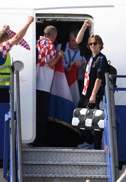 Лука Модрич в аэропорту Загреба после триумфа сборной Хорватии на чемпионате мира