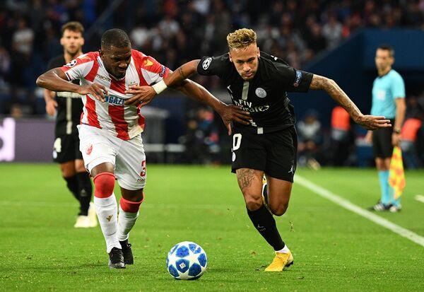 Игровой момент матча Пари Сен-Жермен - Црвена Звезда