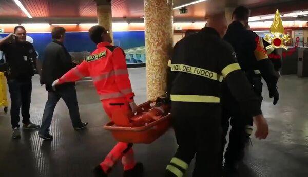 Болельщики ЦСКА пострадали при обрушении эскалатора метро в Риме