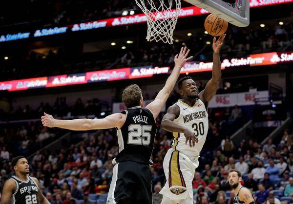 Матч регулярного чемпионата НБА Нью-Орлеан Пеликанс - Сан-Антонио Сперс