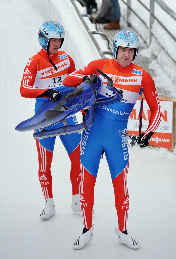 Владислав Южаков и Владимир Махнутин (справа налево)