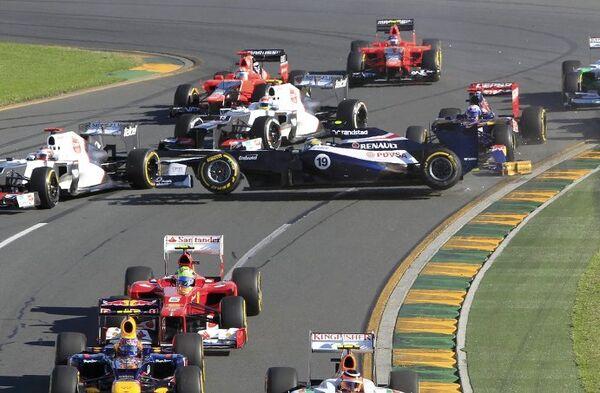 Столкновение болидов на Гран-при Австралии