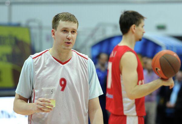 Василий Заворуев