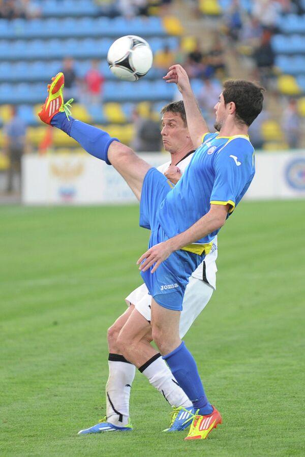 Игровой момент матча Ростов - Шинник