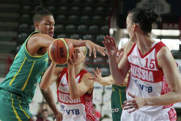 Игровой момент матча сборных России и Австралии