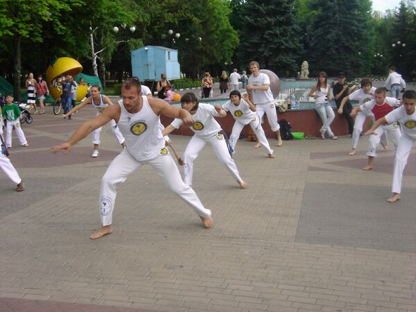 Белгород спорт единоборство Бразилия капоэйра студенты