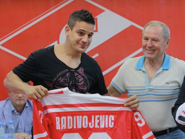 Бранко Радивоевич и Вячеслав Старшинов (слева направо)