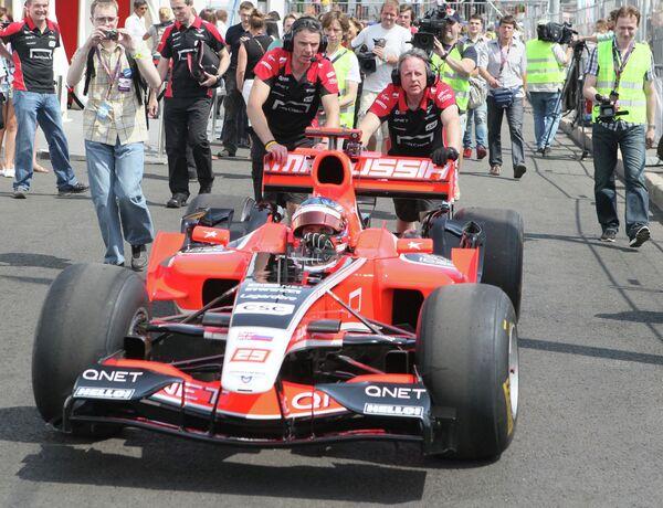 Болид команды Marussia