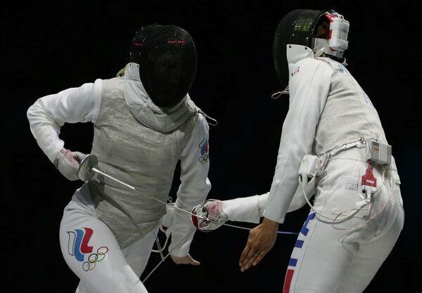 Финал командного турнира по фехтованию на рапирах среди женщин