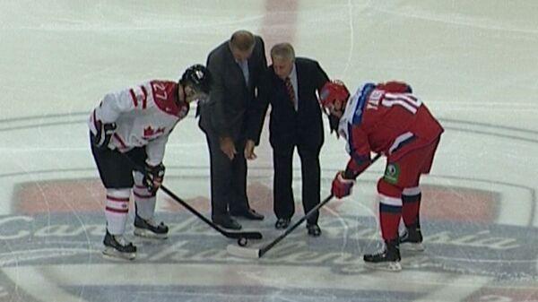 Матч между молодежными сборными Канады и России. Лучшие моменты игры
