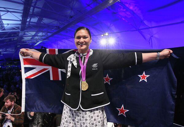 Чествование спортсменки из Новой Зеландии Валери Адамс