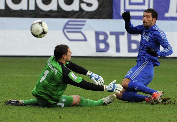 Игровой момент матча Динамо - Алания
