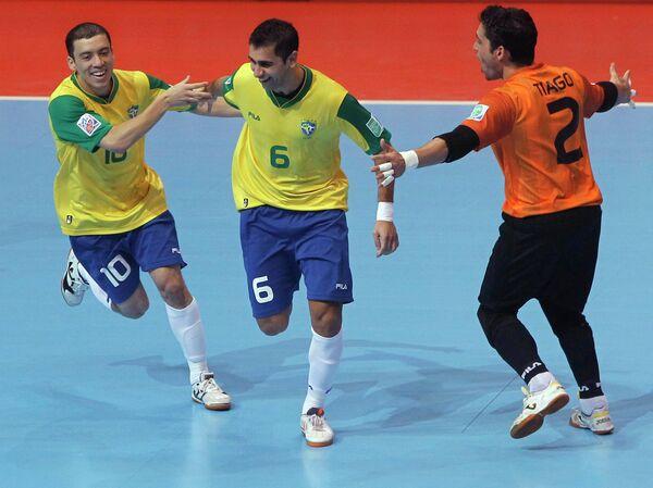 Игроки сборной Бразилии по мини-футболу