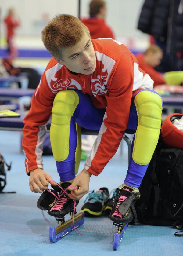 Семен Елистратов