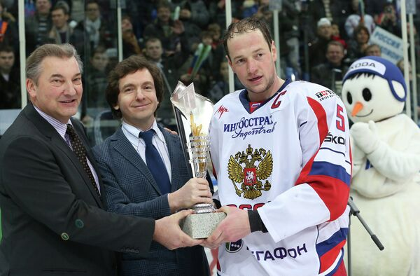 Владислав Третьяк, Александр Файфман и Илья Никулин (слева направо)