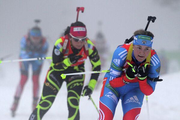 Екатерина Юрлова (справа)