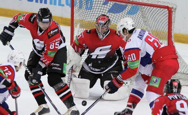 Хоккей. КХЛ. Матч Авангард - Локомотив