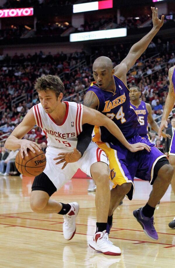 Игровой момент матча НБА Хьюстон - Лос-Анджелес Лейкерс