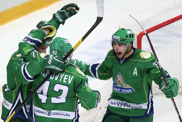 Хоккеисты Салавата Юлаев