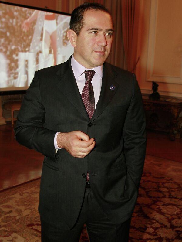 Председатель Совета директоров ОАО Курорты Северного Кавказа, вице-президент Олимпийского комитета России, член Совета Федерации РФ Ахмед Билалов