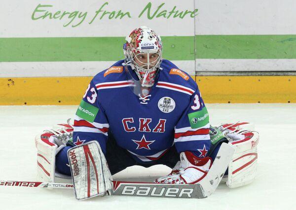 Илья Ежов