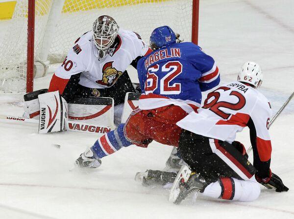 Игровой момент матча НХЛ Оттава Сенаторз - Нью-Йорк Рейнджерс