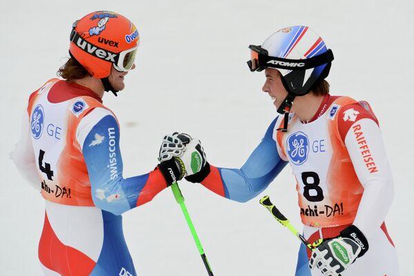Томас Тумлер и Джино Кавизель (слева направо)