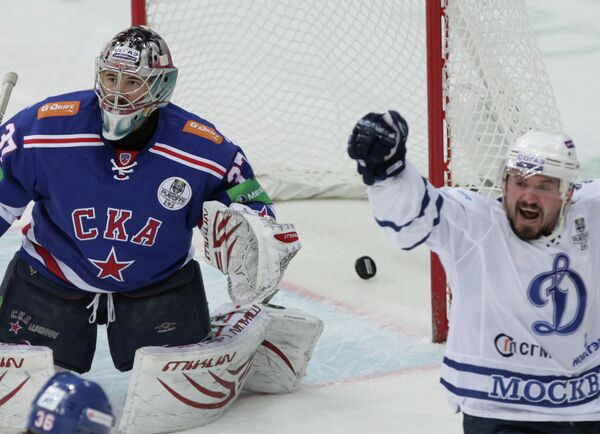 Илья Ежов (слева) и Константин Касянчук