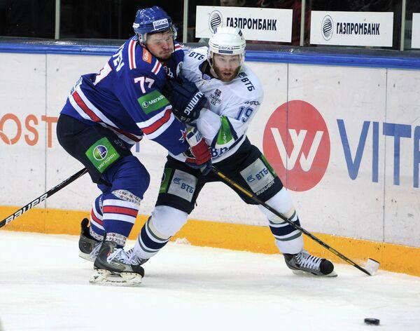 Игровой момент ХК СКА - Динамо