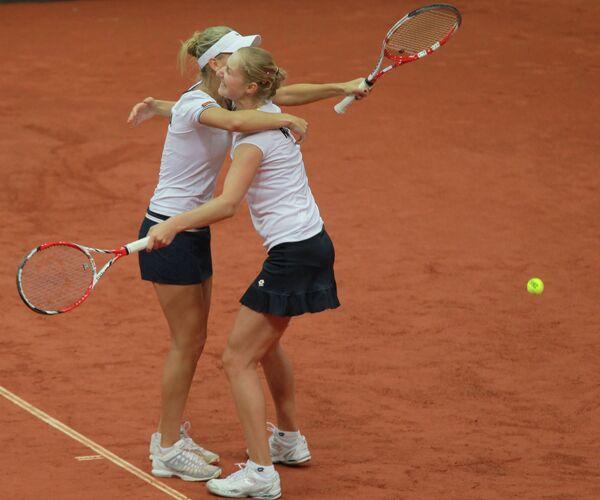 Екатерина Макарова (справа) и Елена Веснина